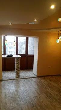 продажа трехкомнатной квартиры номер A-147234 в Суворовском районе, фото номер 2